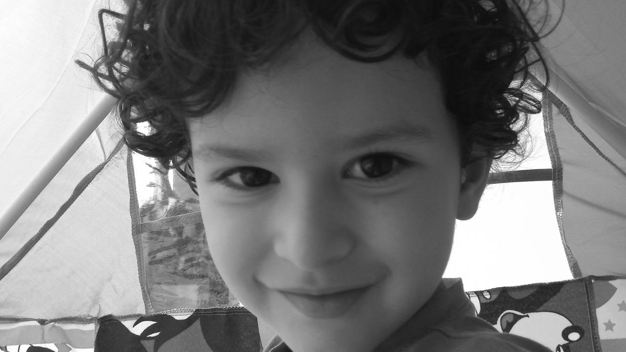 Gabriel: Escenas de la infancia al compás de la cuarentena