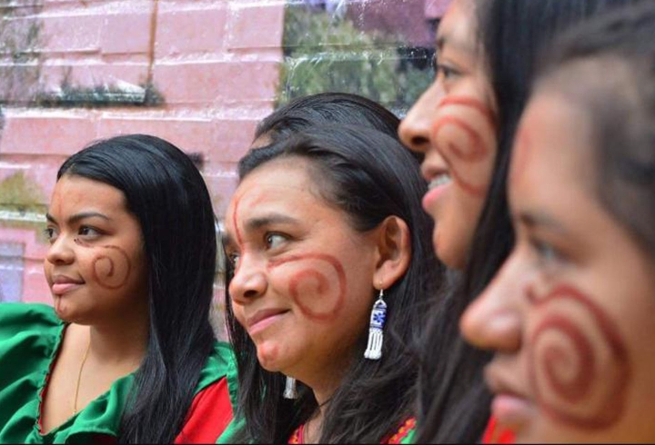 Estudiantes Wayúu de la Alta y media Guajira en la Universidad Externado de Colombia. Créditos: Heidy Gómez Vangrieken