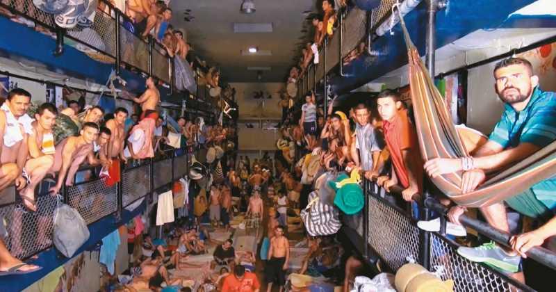 Falta espacio en las cárceles para tanta gente en Colombia