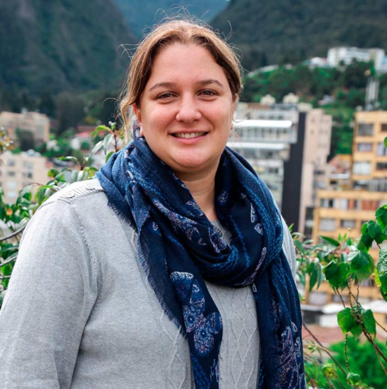 Por la equidad de género en la ciencia, la nueva propuesta de Valérie Gauthier, directora del programa MAAC en UR