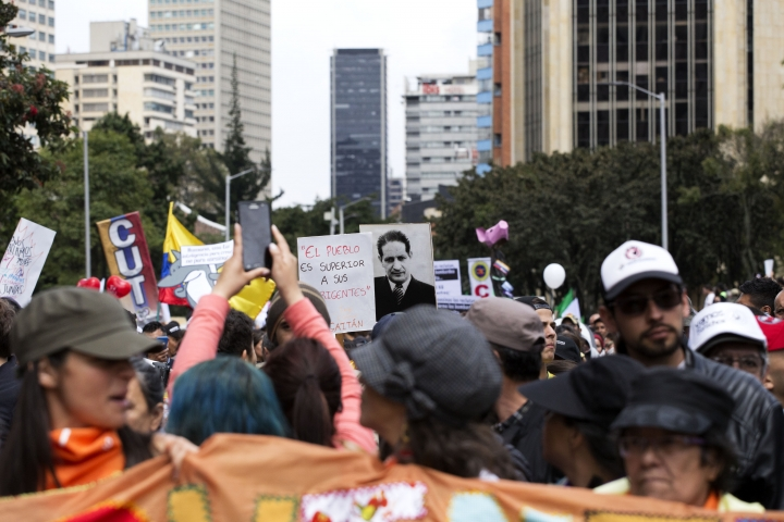 Imagen de la carrera Séptima de Bogotá durante el Paro Nacional 21N en 2019