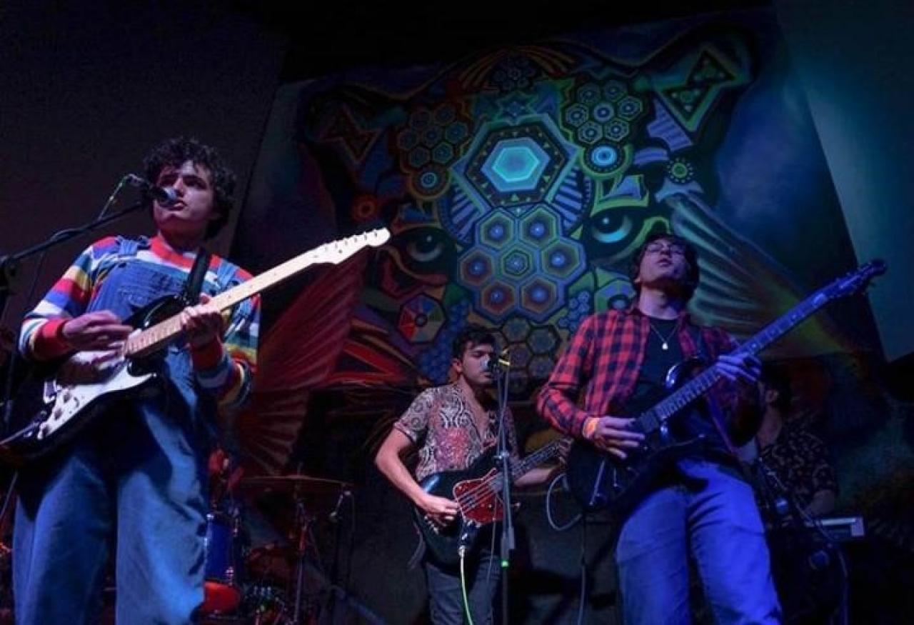 Las bandas musicales buscan salidas a la crisis por el coronavirus