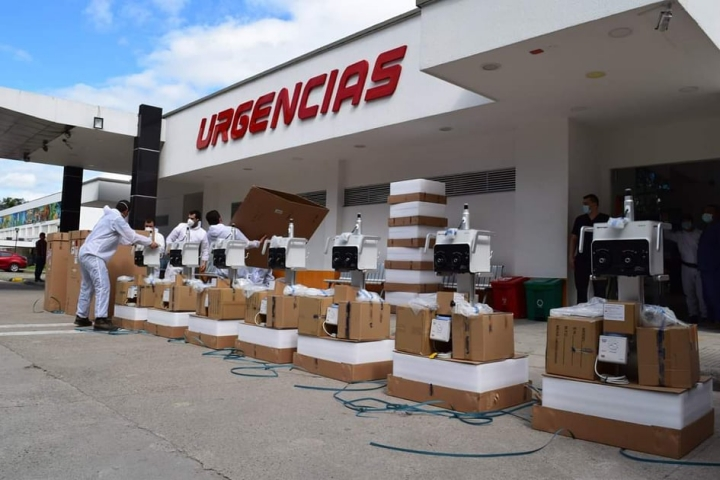 Llegada de máquinas biomédicas para el servicio de Urgencias