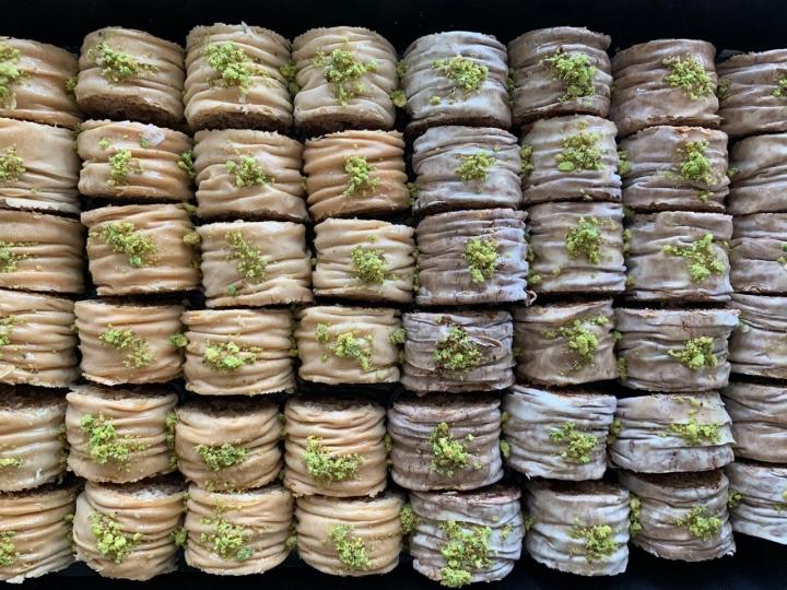 Baklava crispy de nueces y dátiles