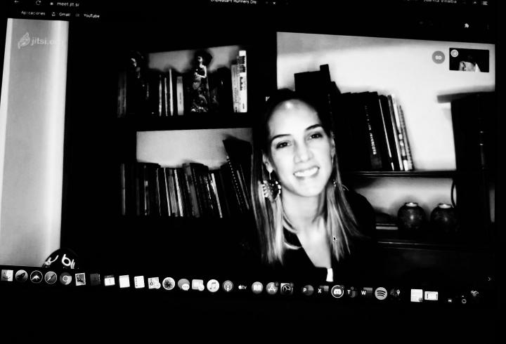 Camila Zuluaga en la entrevista virtual