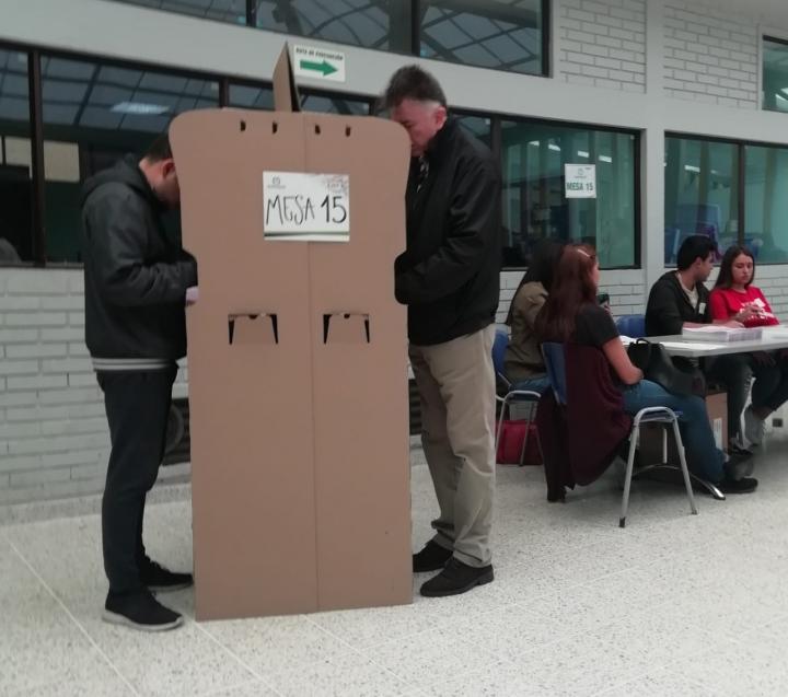 Del templo a las urnas: partidos evangélicos en el poder