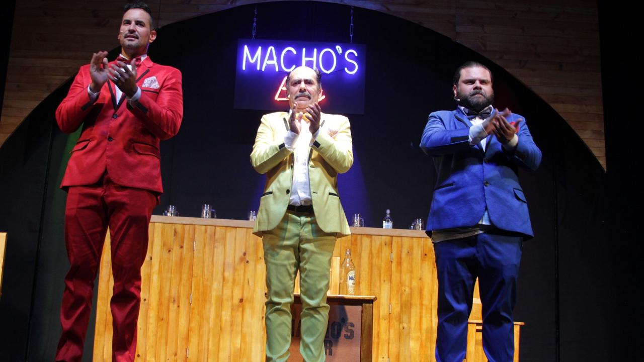 """""""Los hombres tienen emociones. Sienten, lloran, ríen y no por eso dejan de ser machos"""": Juan Ricardo Gómez"""