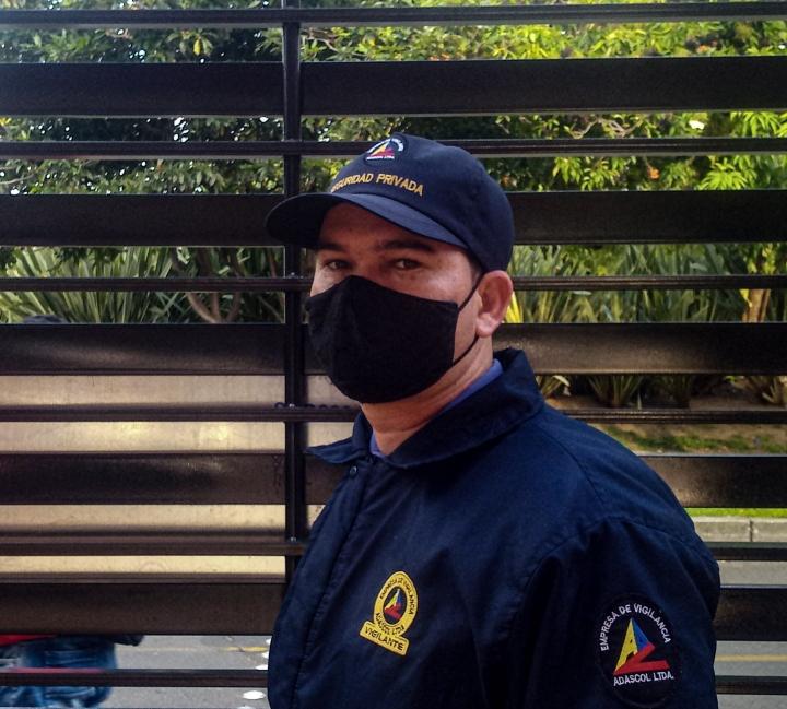 Foto: Según ECOS (Empresas Colombianas de Seguridad Privada) cerca de 450 mil personas trabajan para la seguridad privada y al poder laborar durante la cuarentena, han hecho grandes esfuerzos por acatar las prevenciones.