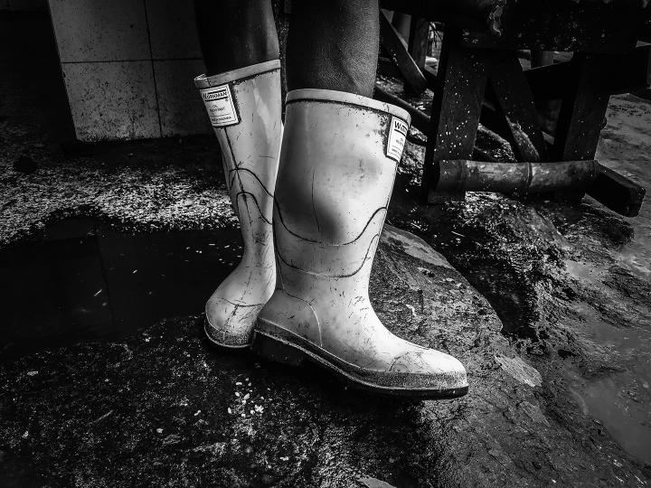 Botas de un niño tumaqueño (Colombia, 2019)