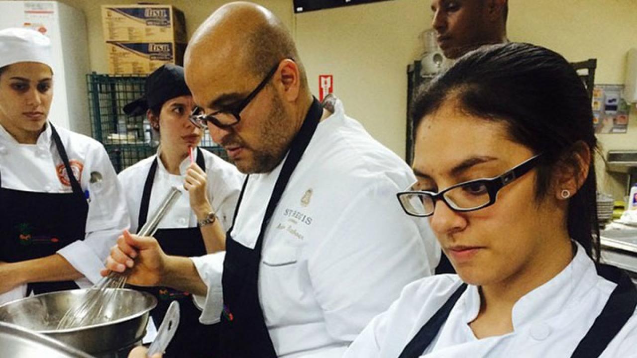 Ingredientes de una comentarista gastronómica: Valeria Vargas Low