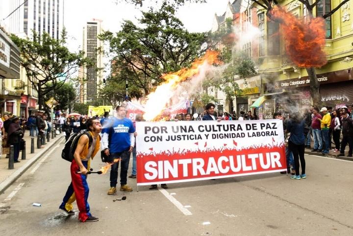 Así se vivió la marcha por el Día Internacional del Trabajo en Bogotá