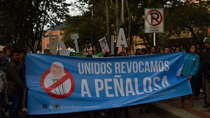 Las marchas hacen parte de los recursos de los comités revocadores para promover la revocatoria del alcalde Peñalosa.
