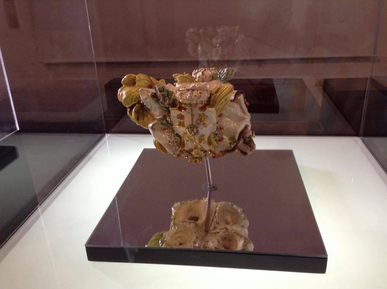 El cuerpo descuartizado de un jarrón