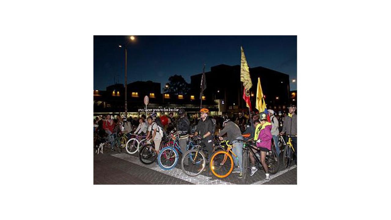 Más de 300 bicis rodaron por el norte de Bogotá