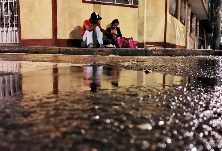 Luis, Carmen y Steicy son una de las miles de familias venezolanas que llegaron a Colombia sufriendo la migración por las difíciles condiciones en su país y a parte han tenido que sobrevivir en medio de la pandemia por el covid-19.