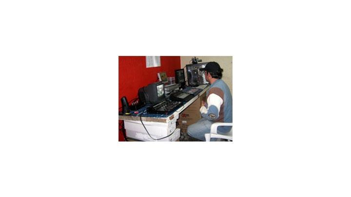 Para mayor información puede comunicarse con el Círculo de Periodistas de Bogotá a los teléfonos  2825573 -2825707 o en el correo electrónico circuloperiodistas.cpb@hotmail.com