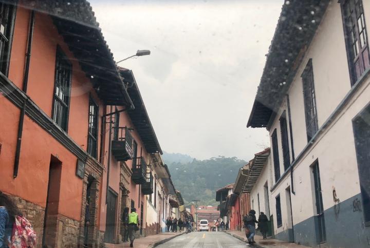La Candelaria es una de las localidades con más turismo en la capital de la República.