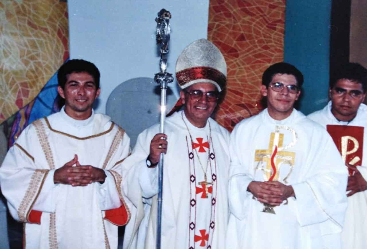 La cruz de los sacerdotes secularizados, la historia de Juan Carlos Amarillo