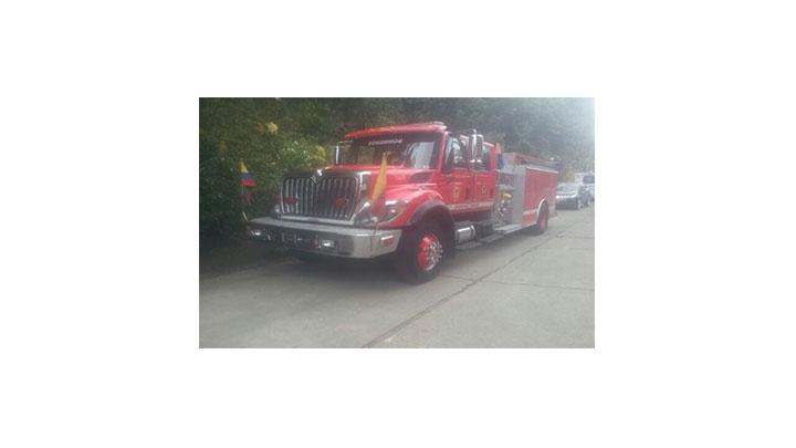 El grupo de bomberos forestales se hizo presente en la zona afectada.