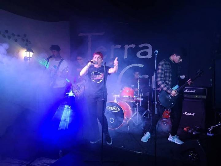 Banda Discordia en el escenario del Broken Fire Festival