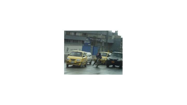El pasado martes 9 de noviembre la administración distrital y el gremio de los taxistas firmaron un pacto de seguridad que busca disminuir hechos violentos.