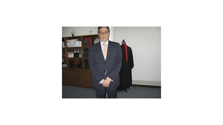 Antonio Agustín Aljure. Decano de Jurisprudencia, Universidad del Rosario.