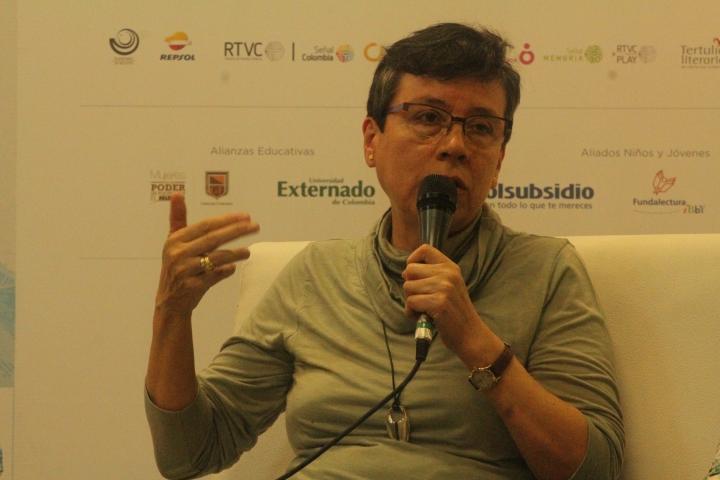 """Marbel Sandoval Ordoñez, autora de """"En el brazo del río"""". Crédito de la foto: Silvia Bayona"""