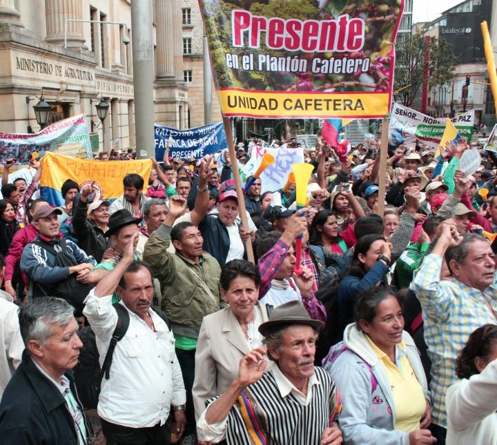 Los campesinos le exigen al Gobierno apoyo económico. Fotos: Laura Lucía González