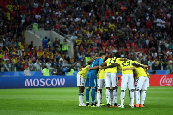 Selección Colombia en su partido contra Inglaterra. Twitter @FCFSeleccionCol