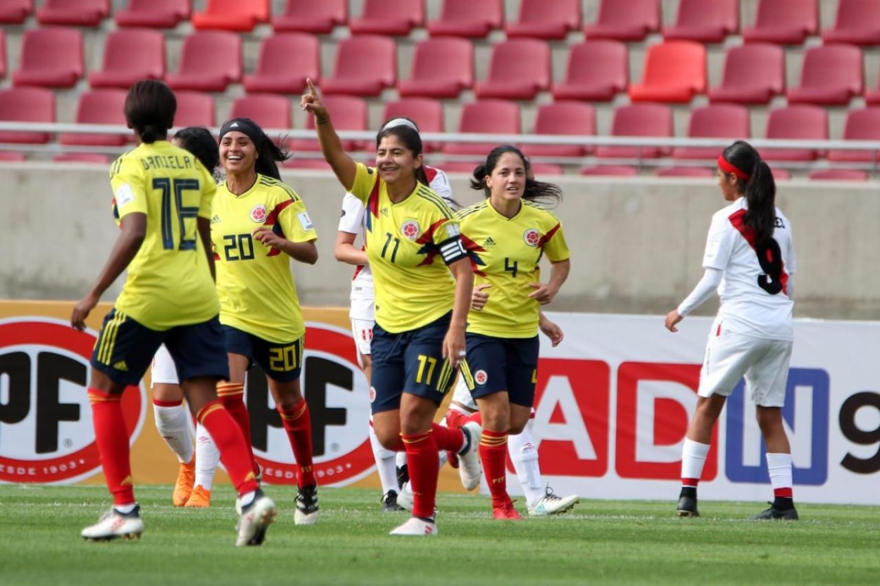 La falta de apoyo en el fútbol femenino es una realidad en Colombia