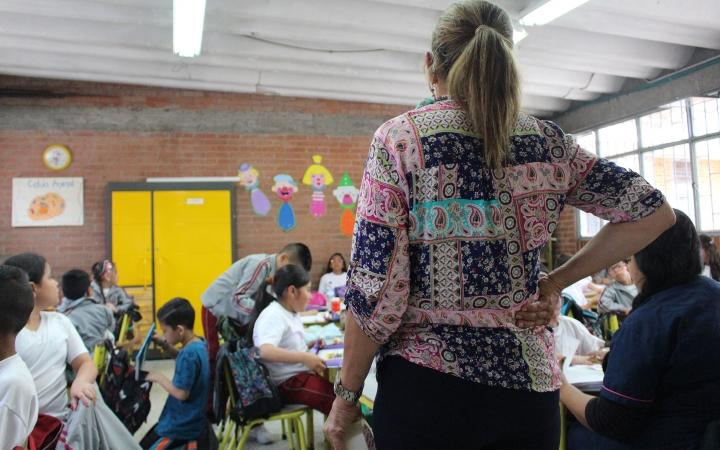 Imagen de un colegio en Bogotá