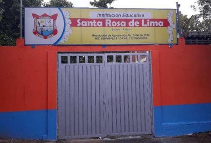 Colegio Santa Rosa de Lima cerrado ante la emergencia sanitaria por el covid-19.