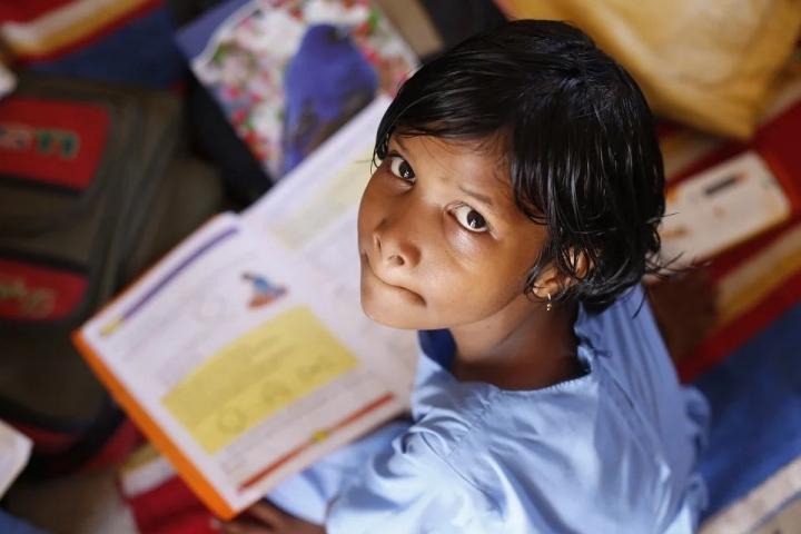 Alrededor de 10 millones de niños en Colombia se encuentran matriculados en instituciones educativas, de los cuales, el 80% pertenece al sector oficial. Fuente: DANE, Educación Formal (EDUC).