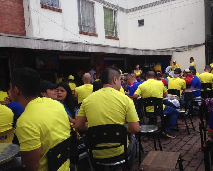Los ibaguereños esperando el inicio del compromiso. Foto: Sofia Hernández Toro