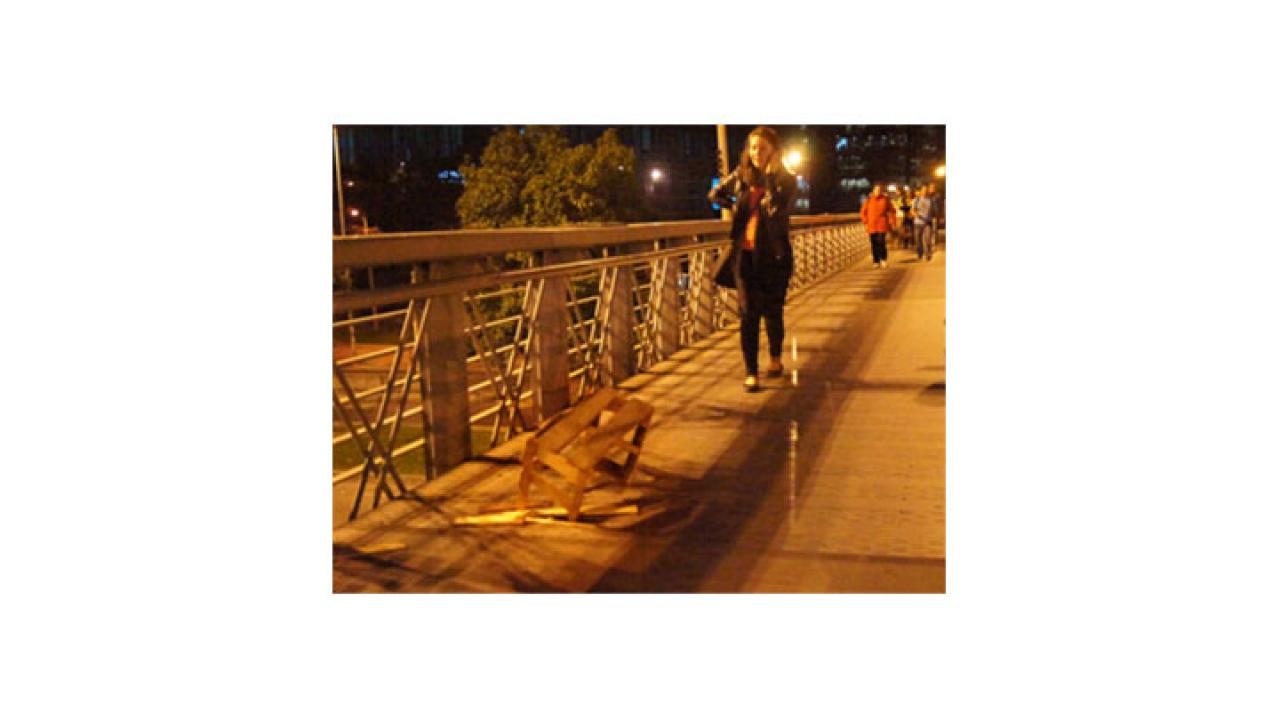 Peligroso hueco en puente de Transmilenio