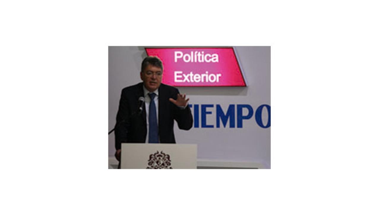Ministro de Hacienda habla sobre los nuevos desafíos económicos del país