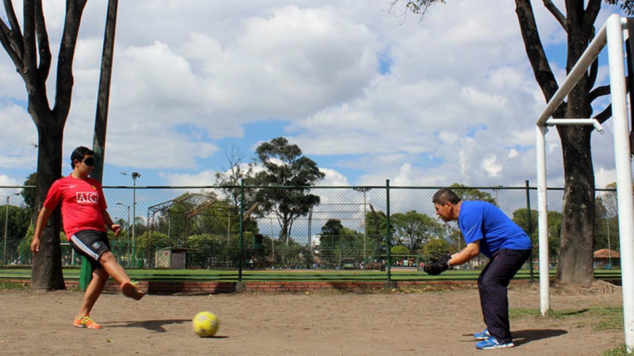 Mejor que Messi: el fútbol para ciegos
