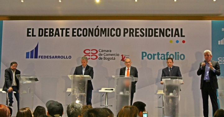 De izquierda a derecha: Gustavo Petro, Iván Duque, Humberto de la Calle, Germán Vargas Lleras y Mauricio Reina.