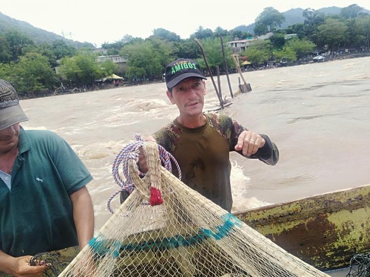 El río, el pescado y el pescador