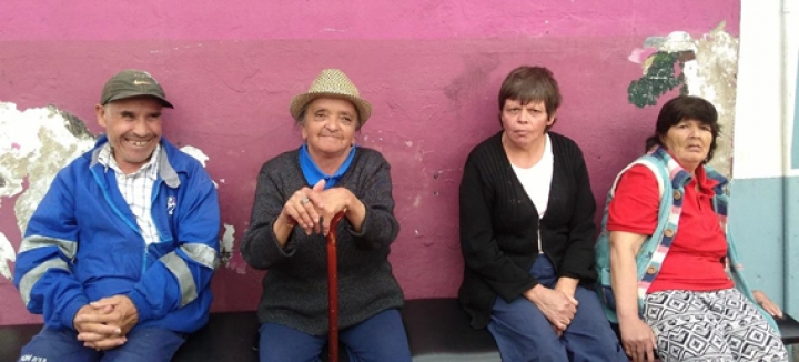 Adultos mayores de la Fundación Social Abran a Jesucristo