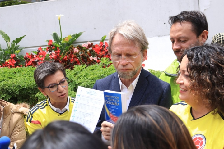 Claudia López, Antanas Mockus y Angélica Lozano. Crédito: David Gómez