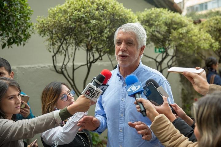 Enrique Peñalosa en la Consulta Anticorrupción. Crédito de la foto: Andrés Sandoval - Alcaldía de Bogotá