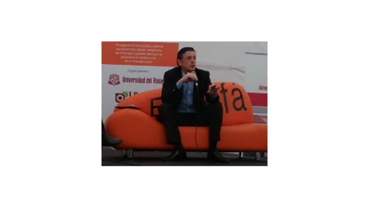 Ernesto Fajardo compartió sus experiencias con los estudiantes del Rosario