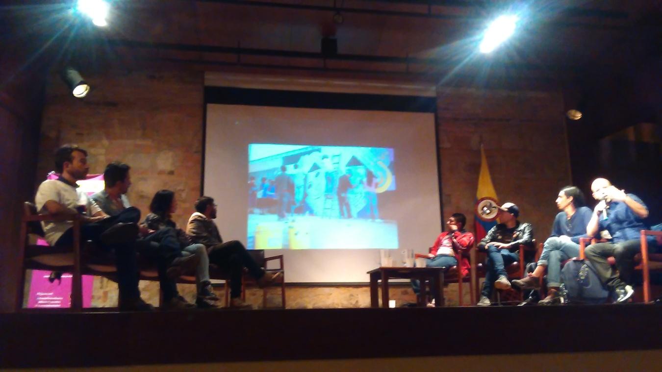 PeaceTalk con MasterPeace Colombia, Colectivo Embera Bakata, Fairtunes Colombia y Bajo Control, agencia cultural durante uno de los conversatorios en los que presentan sus proyectos. Esta vez en el Museo Nacional de Colombia el 30 de agosto del 2017.