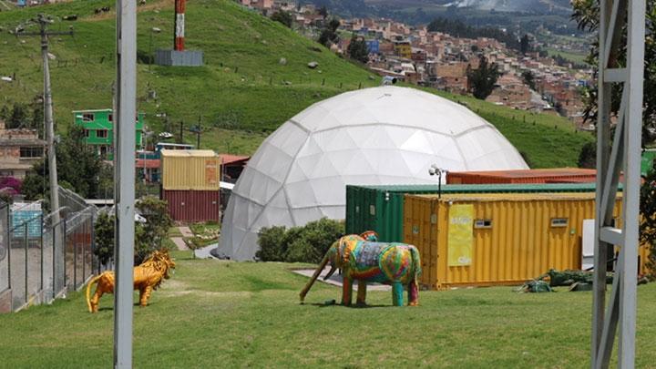 Domo del Planetario de Cantarrana en Usme