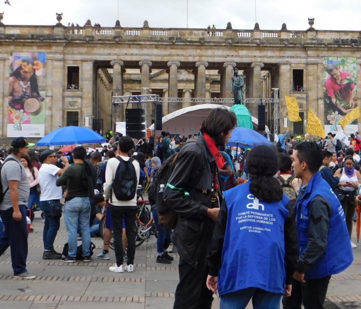 A lo largo de las marchas, siempre estuvieron presentes los representantes del Comité Permanente por la Defensa de los Derechos Humanos.