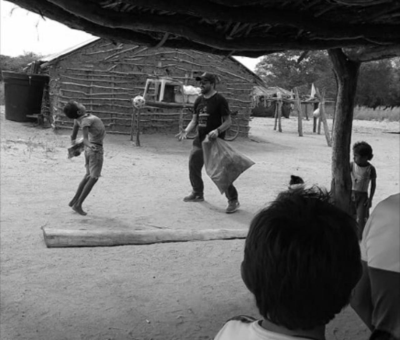 'Corramos la tierra', la fundación que promueve ayuda desde Bogotá a La Guajira