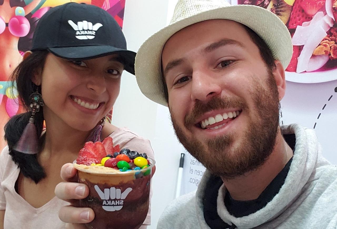 """""""Nosotros queremos ofrecer toda una experiencia cultural donde se exalte Brasil y Colombia"""", pareja de emprendedores comparte su experiencia"""