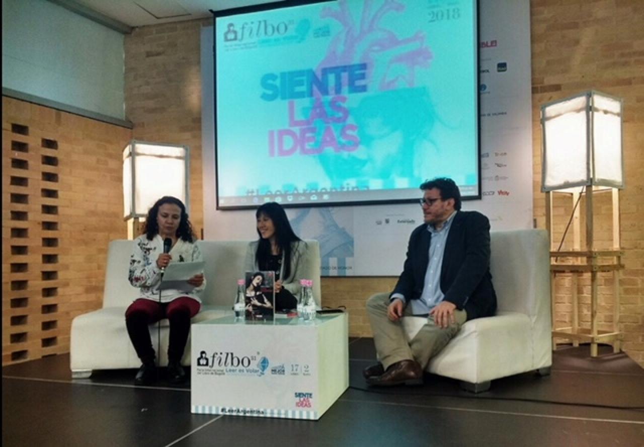 Elena Li Chow: la escritora que nació en Taiwán y ama Colombia