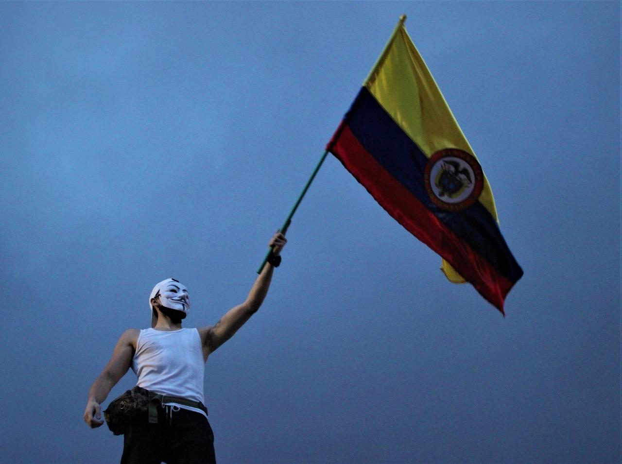 El 84% de los jóvenes colombianos apoya el Paro Nacional en Colombia, según la gran encuesta realizada por UR